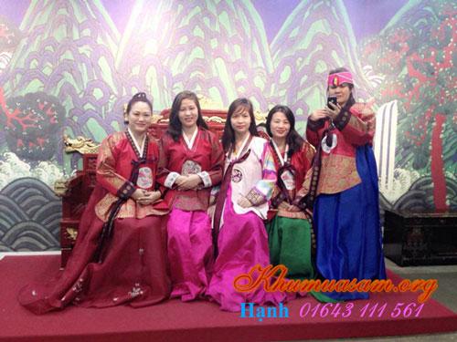 cho-cho-thue-hanbok-3