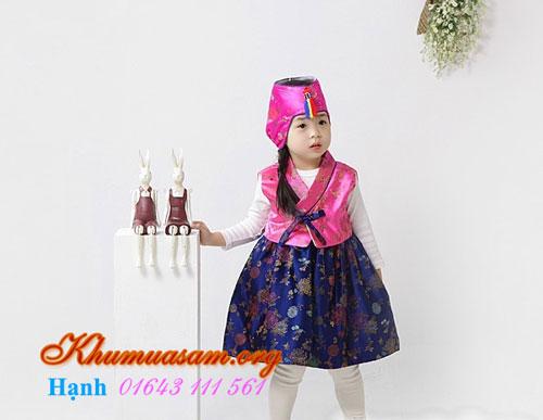 mua-hanbok-cho-be-1