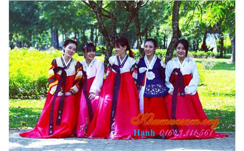 noi-ban-do-hanbok-gia-re-1